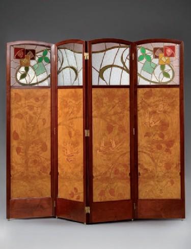 PARAVENT DE 4 COSSOS. GASPAR HOMAR I MESQUIDA c. 1905 (182 x 200 cm).